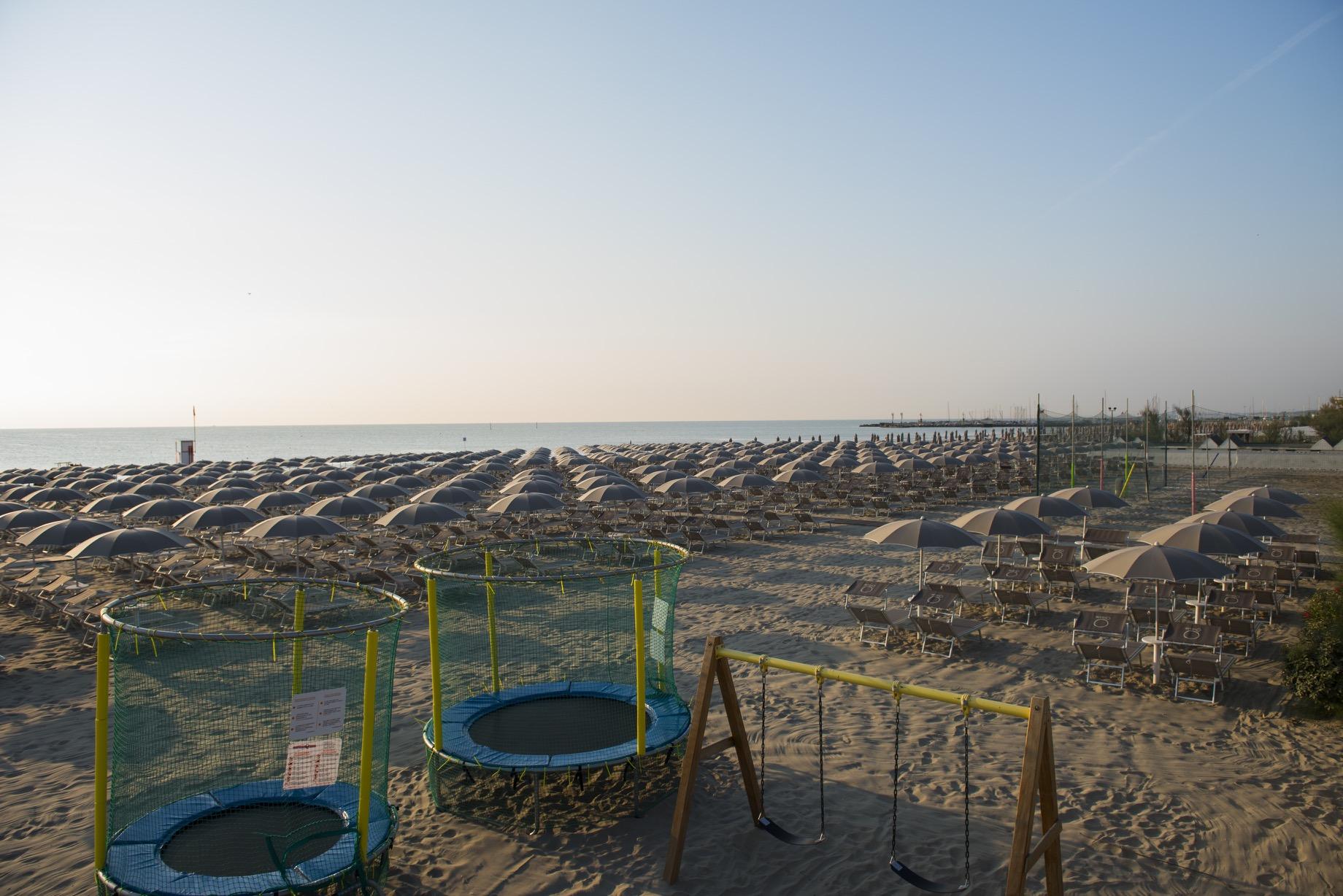 Bagno oreste 250 bagno a milano marittima con ristorante - Bagno adriatico milano marittima ...